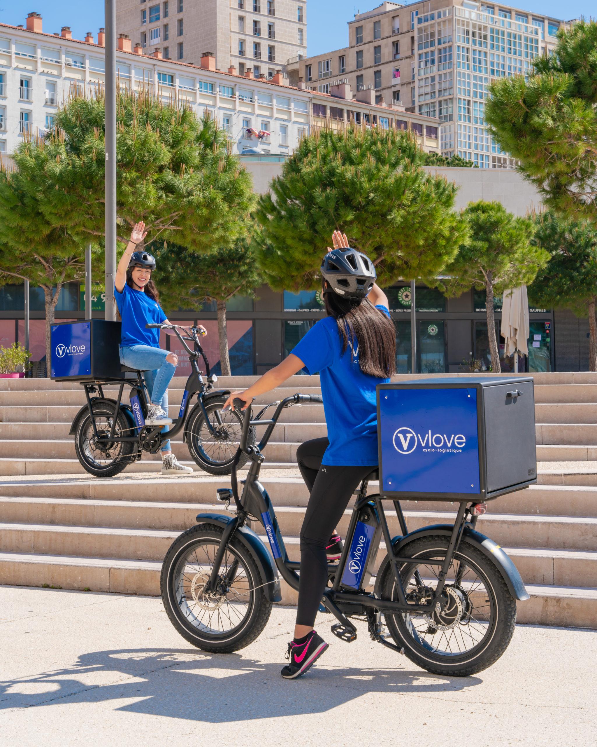 Livraison écologique en vélo électrique avec vlove cyclo logistique